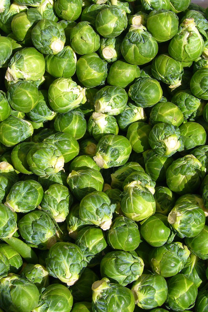 1024px-Brussels_sprout_closeup