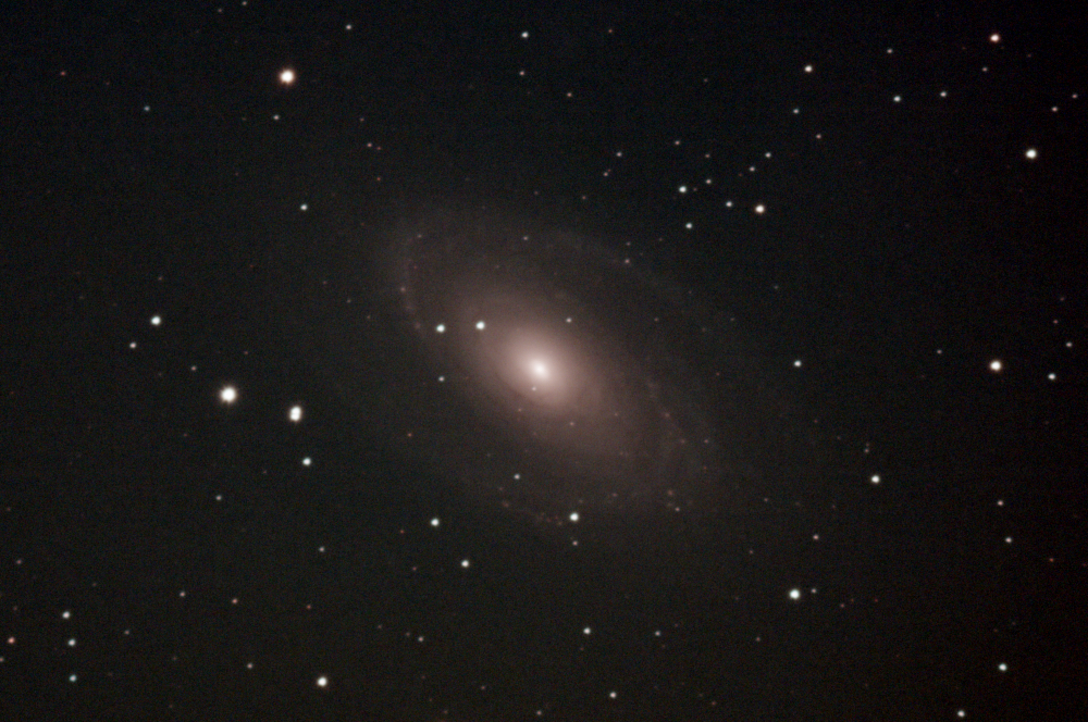 Bode's Galaxy (Messier 81) - a fuzzy blob and some bright speks against a dark background